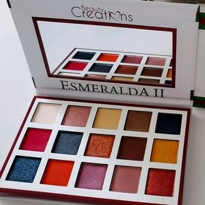 Esmeralda BEAUTY CREATIONS